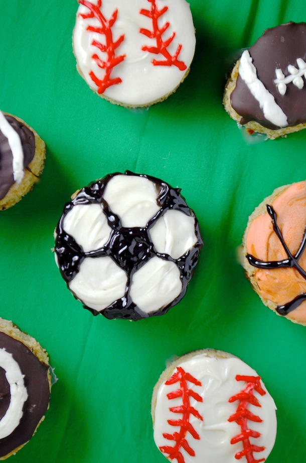 sports cakes