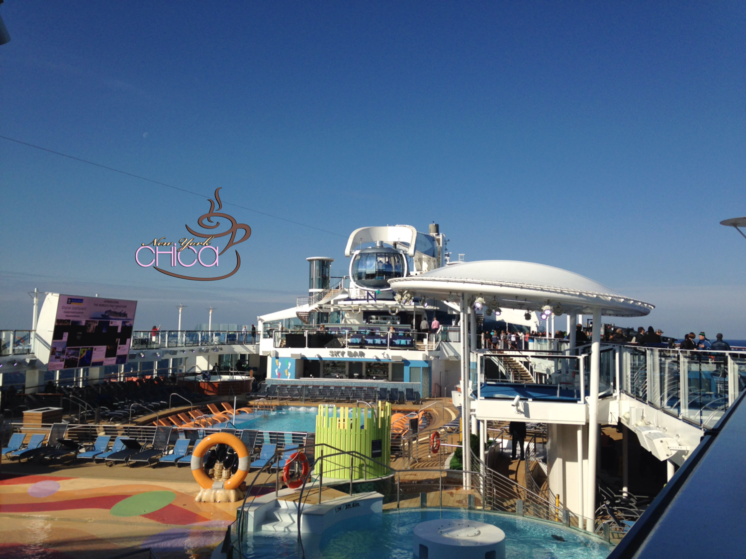 Pool area on the Quantum of the Seas